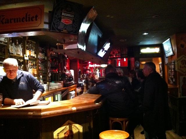 Um pub qualquer