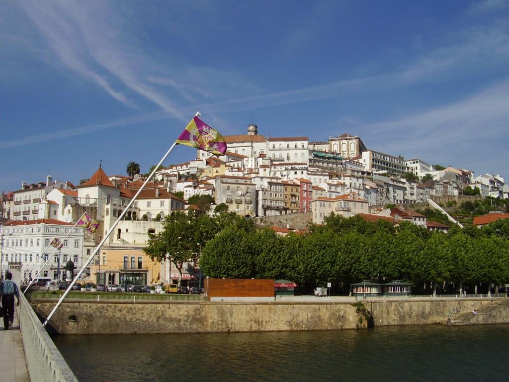 Coimbra vista do Rio Mondego