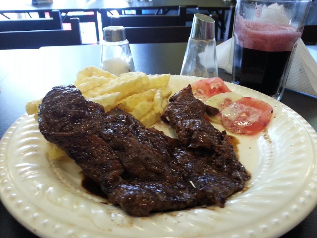 Alpaca e Chicha Morada: Quando a refeição se torna mais roots