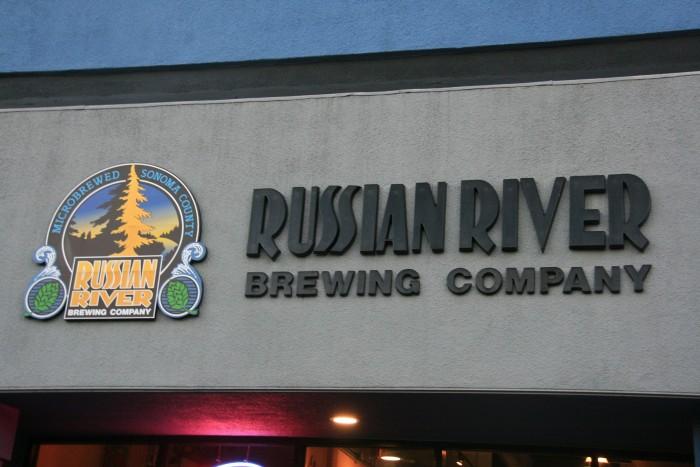 Fachada-Russian-River-e1391106279944