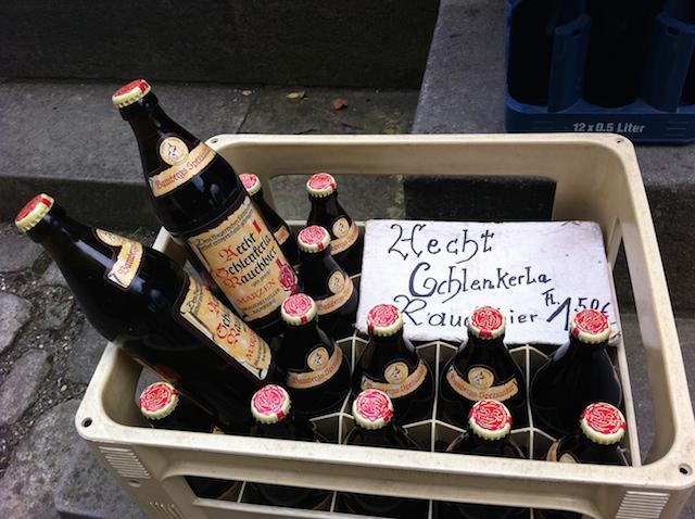 A cerveja já tenho, cadê a feijoada?