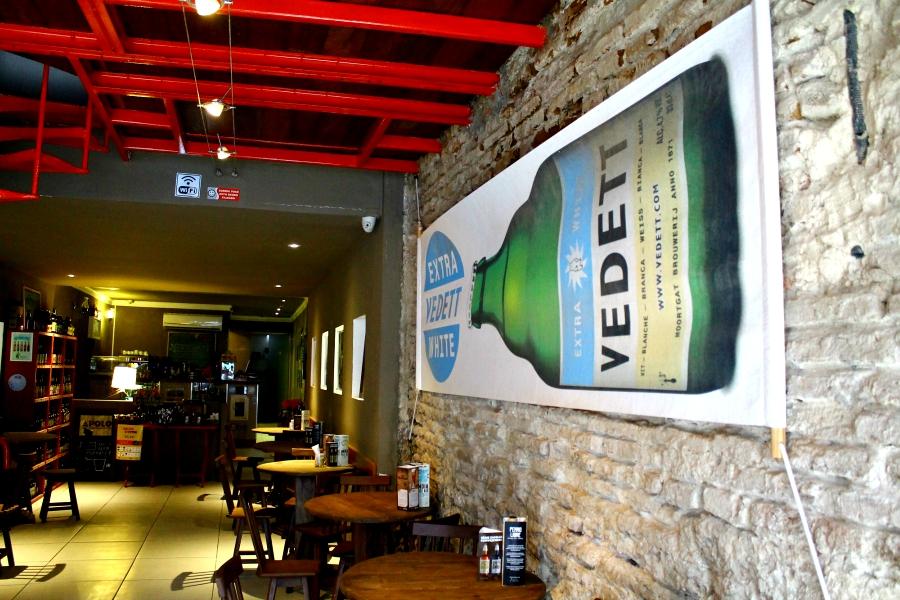 Apolo Beer Café